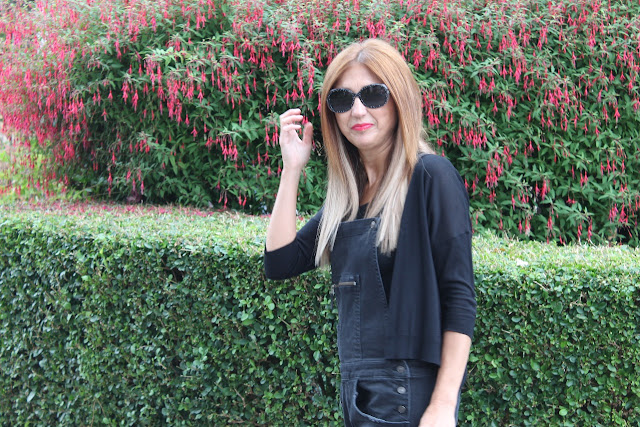 Look con peto denim negro, Style, Outfit, Carmen Hummer, Glasses 2x+3, Cantabria