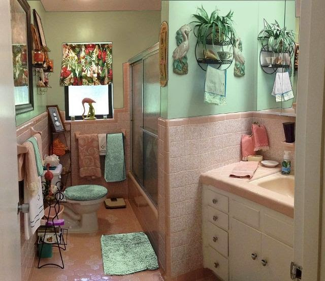 vintage paint colors for bathrooms