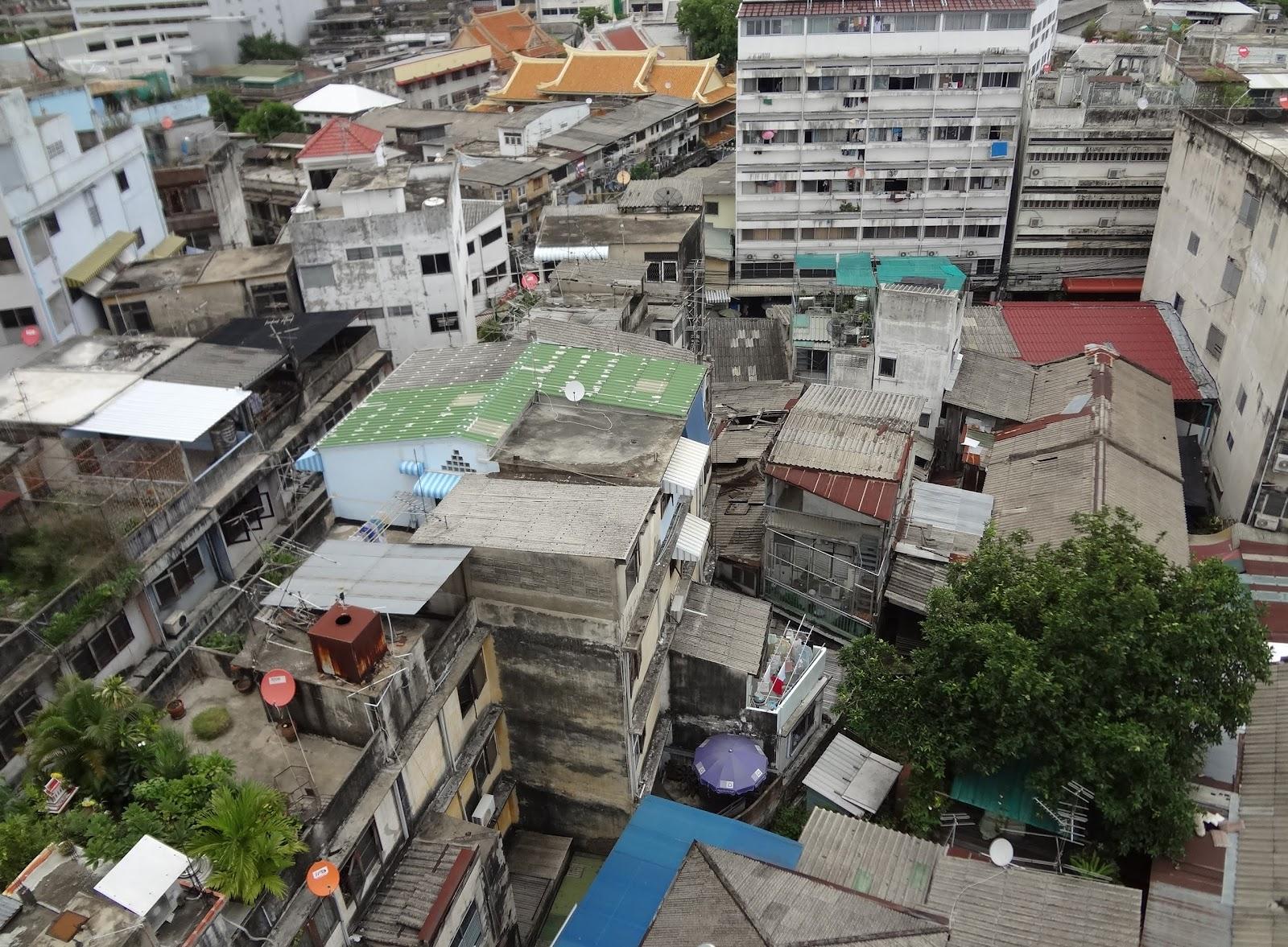 Jax Stumpes: Bangkok 5 Wat Traimit (6/25/2012)