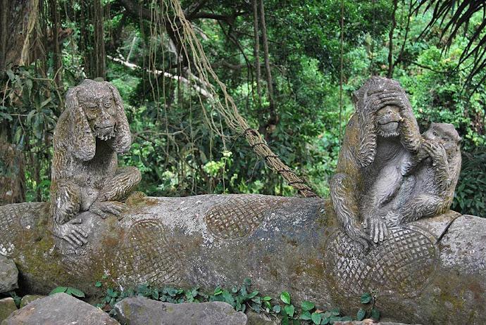Estatuas de monos