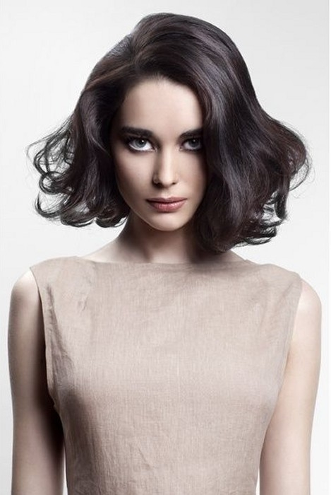Curly Hair Medium Length Hairstyles