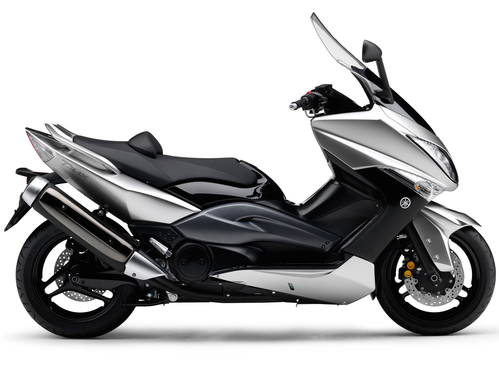 yamaha tmax scooter pictures accident lawyers insurance. Black Bedroom Furniture Sets. Home Design Ideas