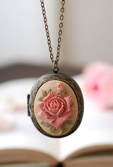 Stunning Rose Locket Necklace