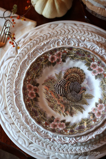 Thanksgiving Place Setting: The Charm of Home