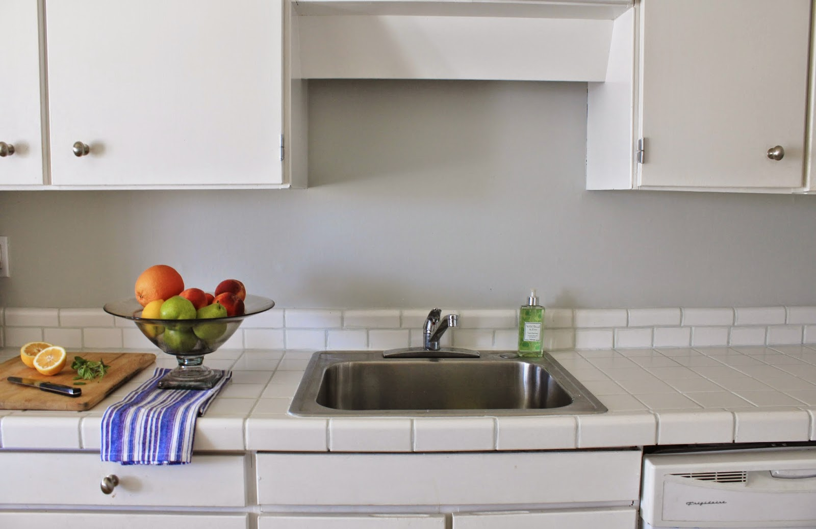 cup half full: kitchen counter makeover - painted grout