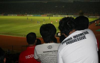 Ketika Supporter Klub Indonesia Bersatu