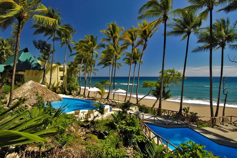 Costa rica el pa s m s tranquilo del mundo neptuno viajes for A r salon hermosa beach