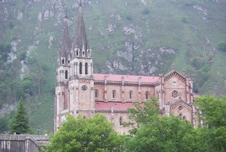 Cangas de Onís, basílica de Covadonga