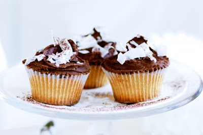 Christmas cupcakes with chocolate brandy buttercream Recipe