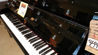 right side view of Yamaha Disklavier