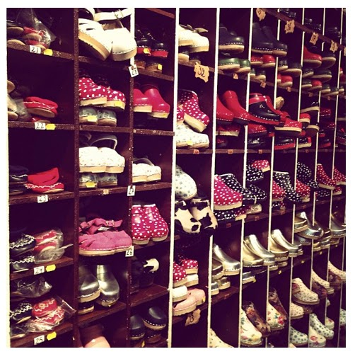 paris shopping, clogs, girls favorite shoes