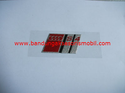 Emblem Metalic Small Audi S4