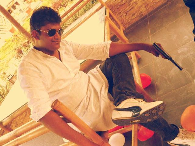 Arjun seth : The Vasooli Bhai