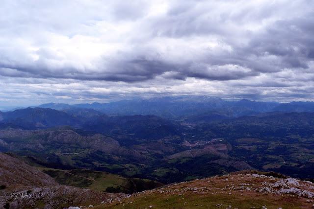 Arriondas y Cangas de Onís desde La Sierra del Sueve