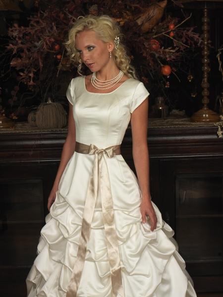 Modest Wedding Dress Cheap