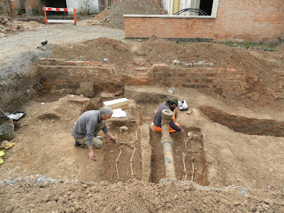 Roman cemetery found under UK carpark