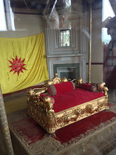 Gold throne in Jammu Hari Palace