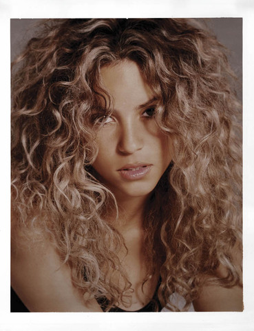 shakiras biography Shakira biography with personal life (affair, boyfriend , lesbian), married info  a collection of facts with age, height.