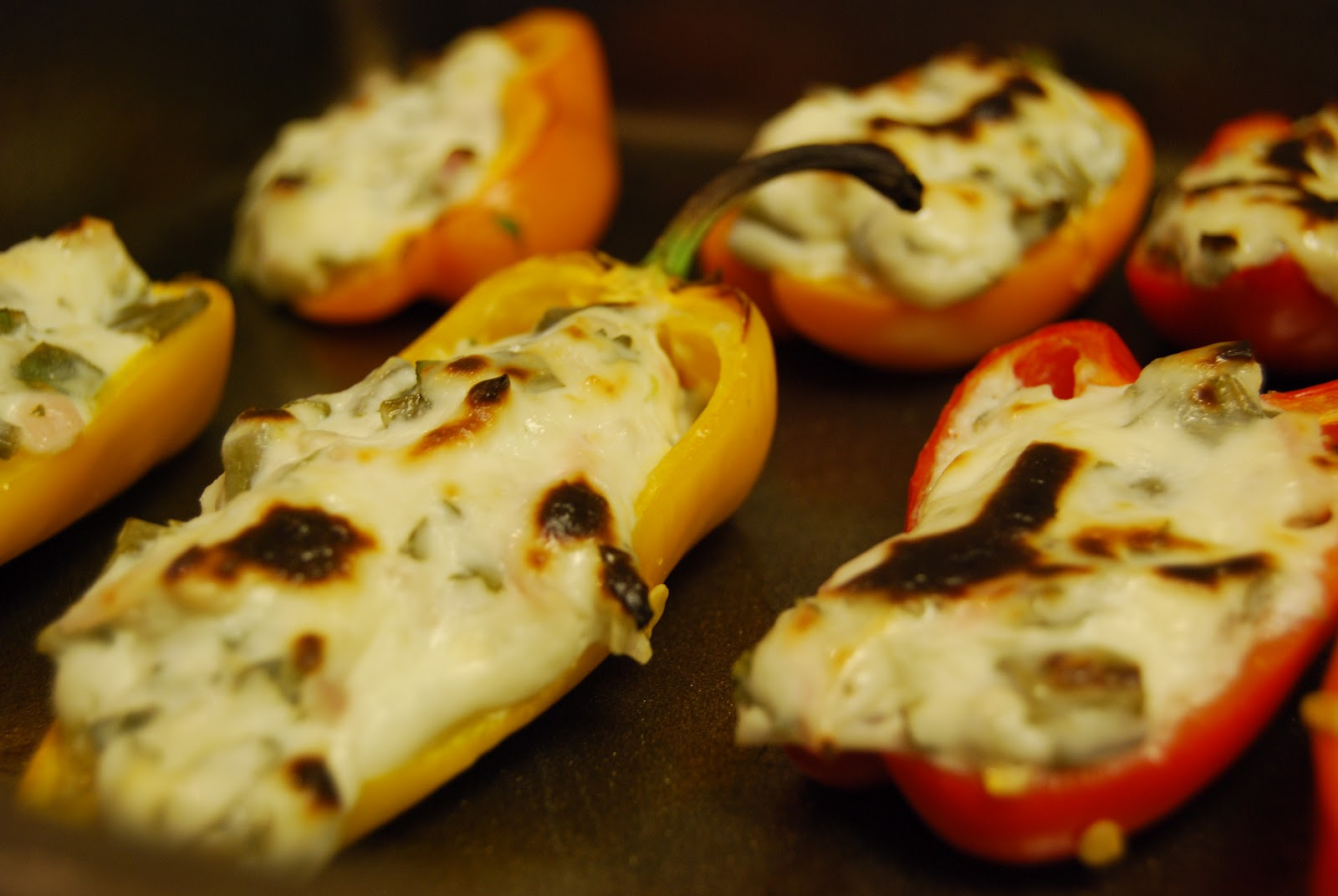 Our McWonderful Life: Stuffed Mini Bell Peppers