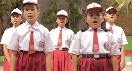 Inilah Video Anak SD Kritik Tayangan TV berjudul TV, Jasamu Tiada...