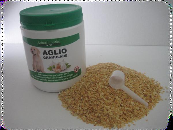 prodotti all'aglio per cani
