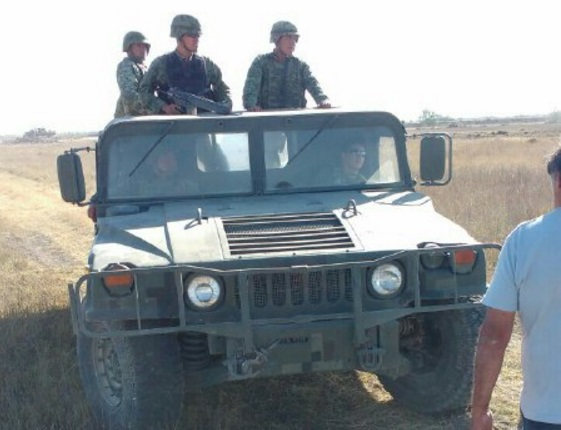 Incursiona tanqueta militar en obras de autopista del NAICM