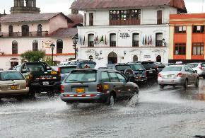 La ciudad de Cajamarca soportó una intensa lluvia.