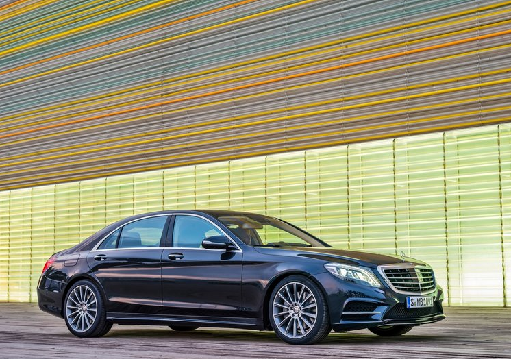 April 2013 canada luxury vehicle sales rankings by model for Mercedes benz private sellers