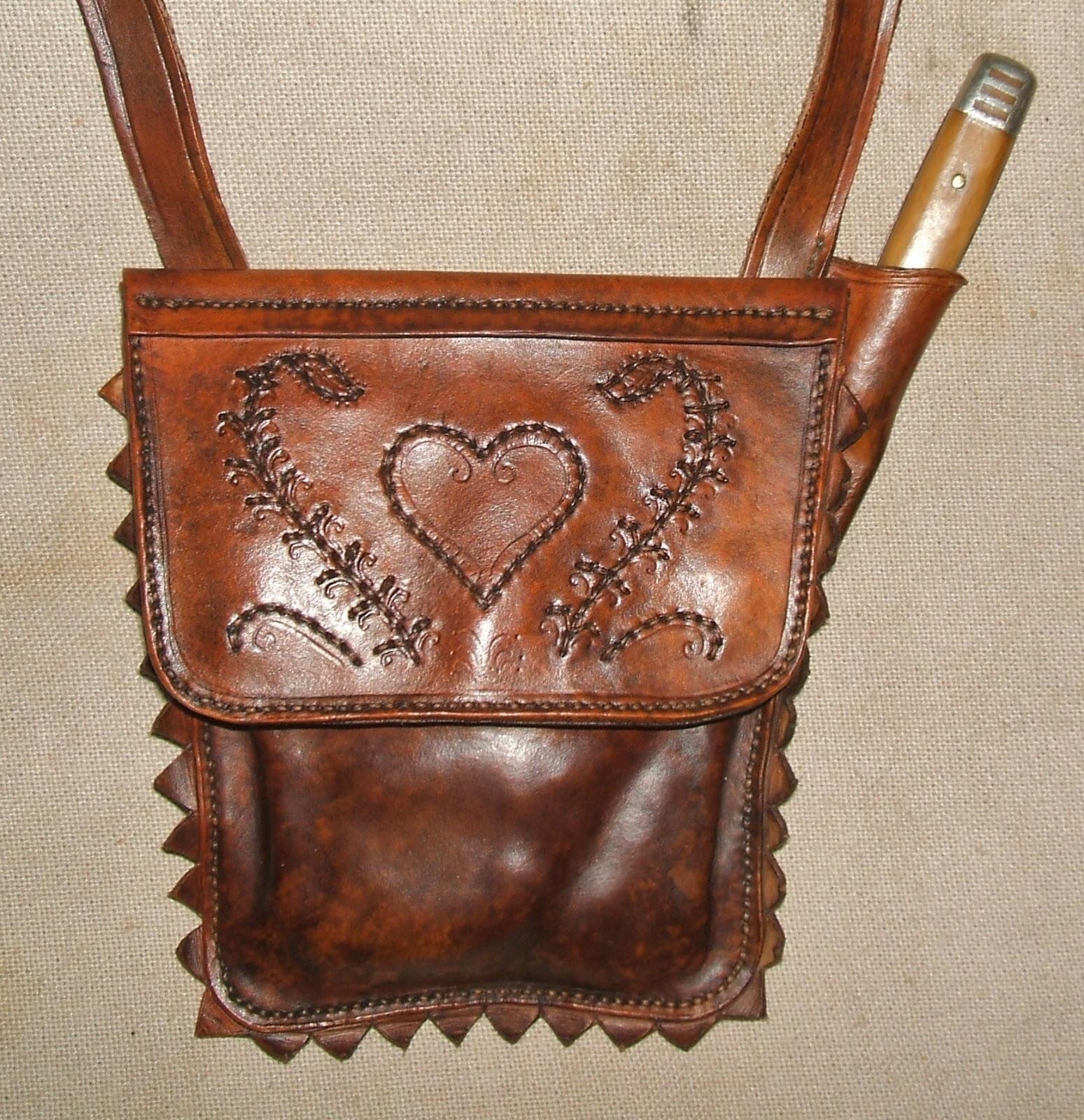 Decorative Stitching On Flap JPG