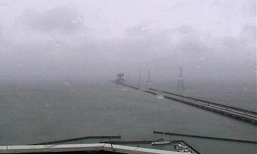 hurricane_sandy_submerged_bridge