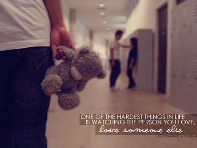 Sinceramente?  Prefiro estar solteira(o) do que estar ao lado de alguém que tem olhos pra todo mundo,  menos pra mim...