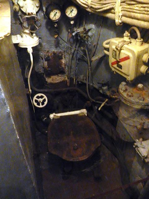 U-480 Foxtrot Zeebrugge toilet