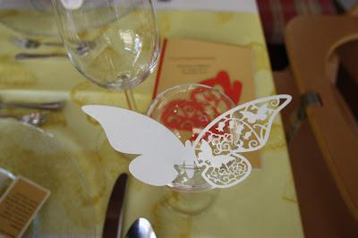 Schmetterlingen am Glas - Sommerhochzeit