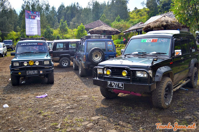 Jeep Tropher Ijen