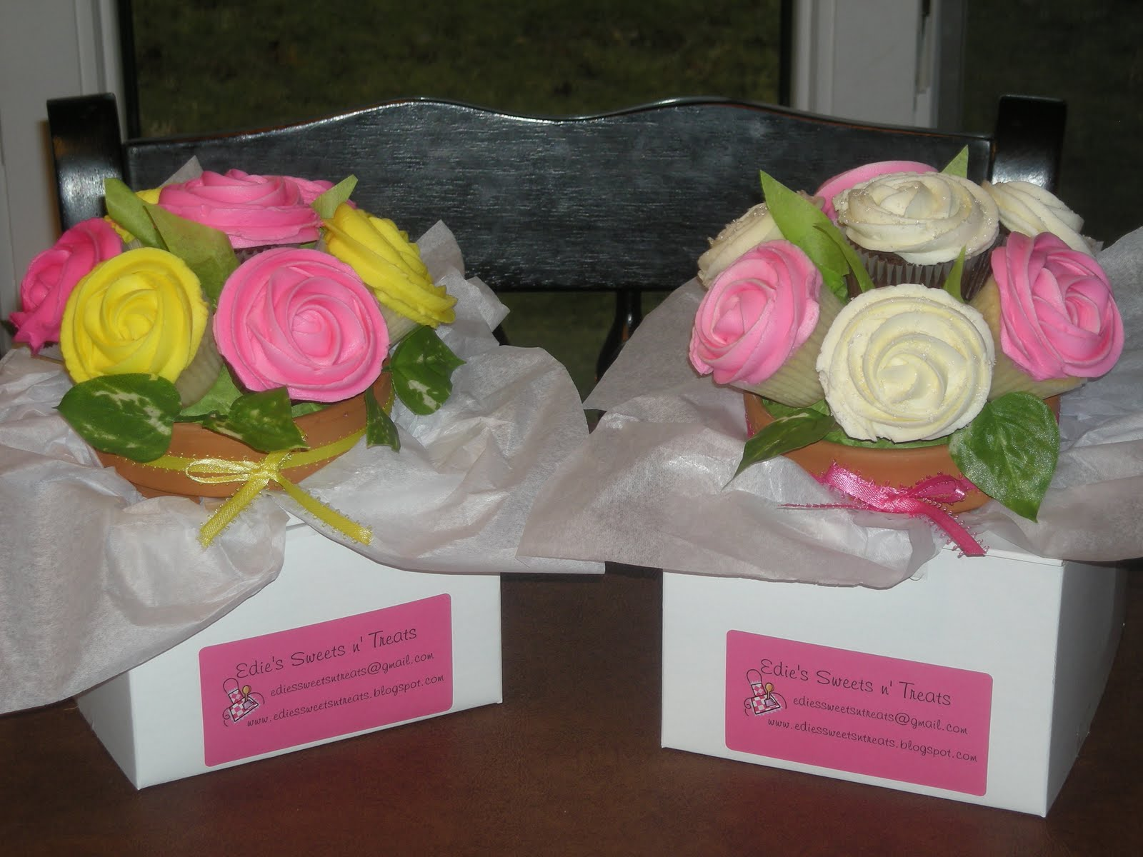 Edie\'s Sweets n\' Treats: Cupcake Bouquets