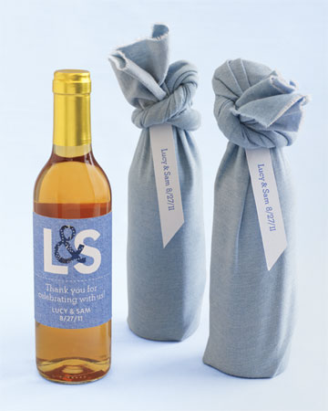 Fabric wine bottle wraps