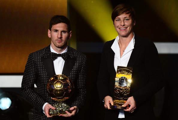 Messi pemain terbaik dunia 2012