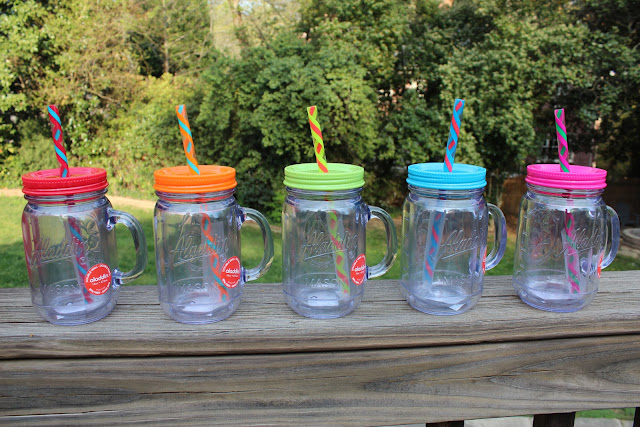 plastic mason dar cup with lid and straw