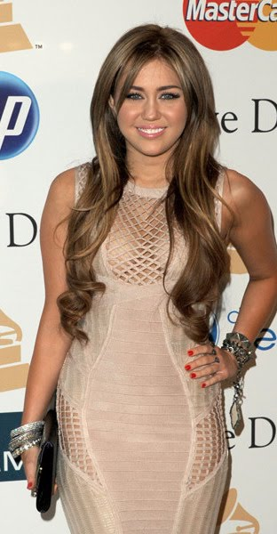 Miley Cyrus Grammys 2011 Side. Miley Cyrus opted for a