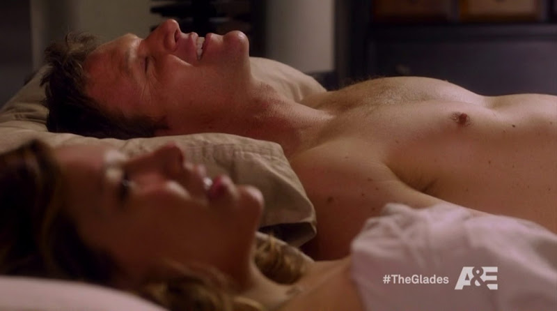 Matt Passmore Shirtless in the Glades s3e04