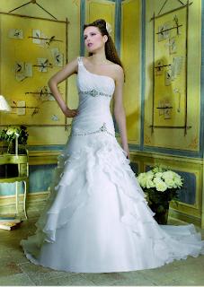 Divina Sposa Colección 2012