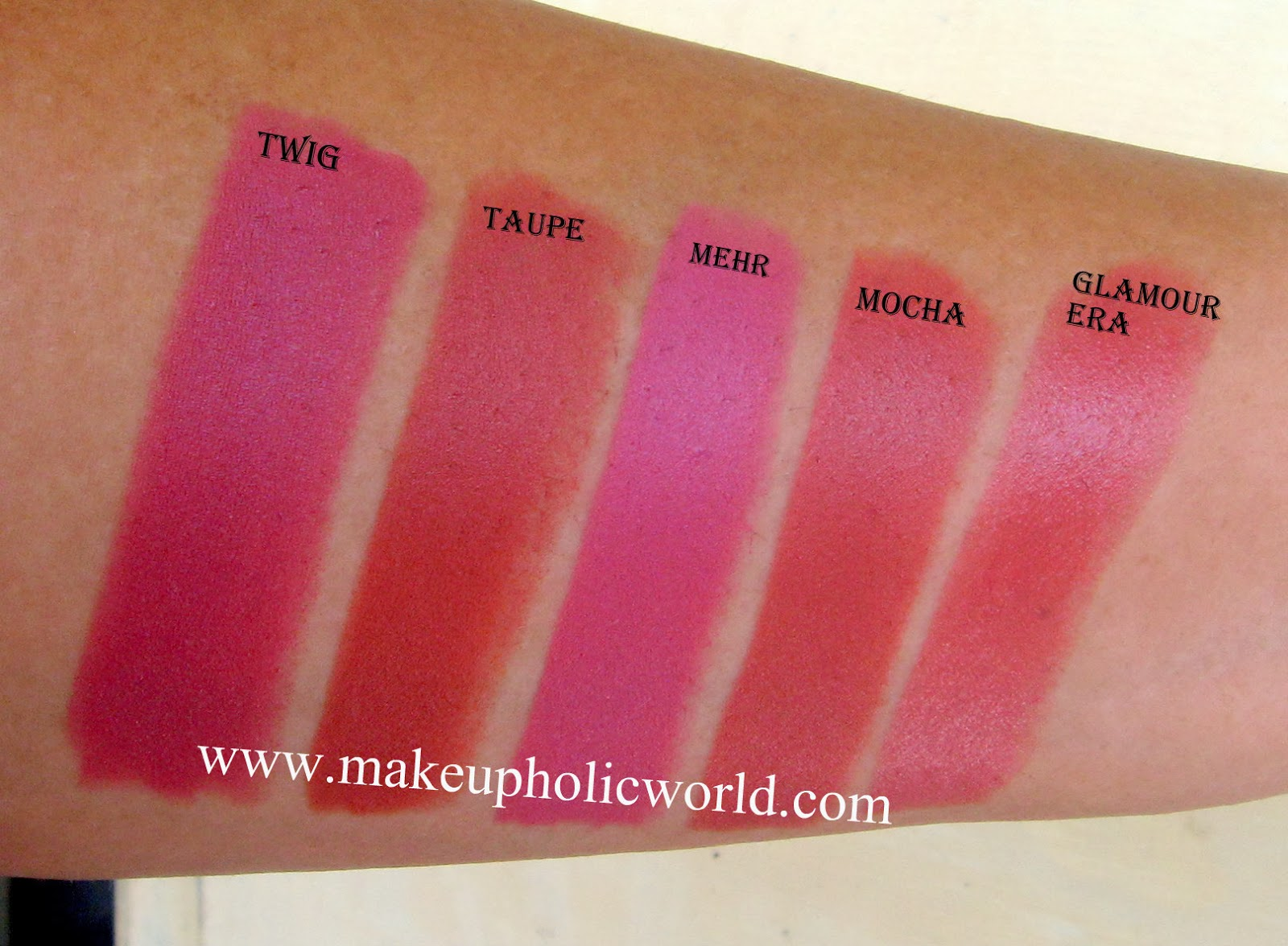 Favori Review & Swatches of 14 MAC Lipsticks | Makeupholic World PR39