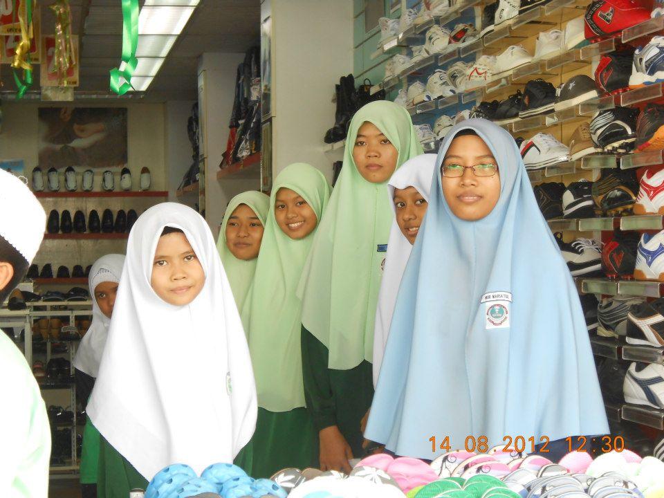 N51 Pasir Panjang Sekolah At Taalim Bawa Anak Yatim