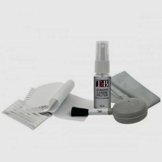 http://www.fnac.es/TNB-Kit-Limpieza-todo-en-1-camara-Accesorio-Imagen-y-sonido-Accesorios-Foto-Digital/a818864#bl=PECPeque%C3%B1os-AccesoriosBLO4