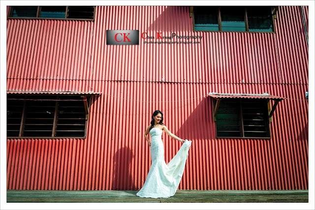 chew jetty, couple photo, lim jetty, penang pre-wedding photographer, Penang wedding photographer, pre-wedding package, pre-wedding photo, pre-wedding photography, suffolk house, tan jetty,