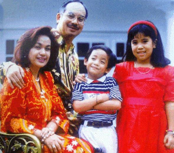 Gambar Bik Mama rosmah mansur semasa muda ~ Sah dan Tak Sah