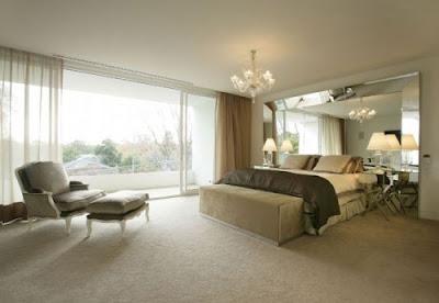 Decoraci n dormitorios modernos para adultos con espejos for Dormitorios modernos para adultos