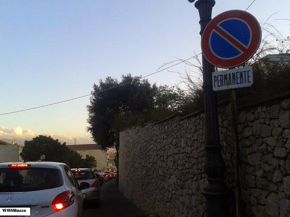 Domenica di ordinaria follia sul fronte del traffico a for Papino arredo