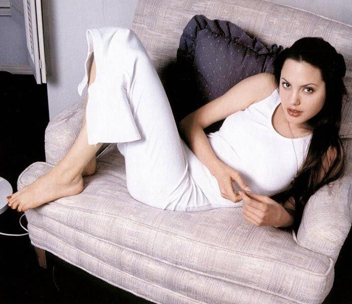 Анджелина Джоли до пластической операции