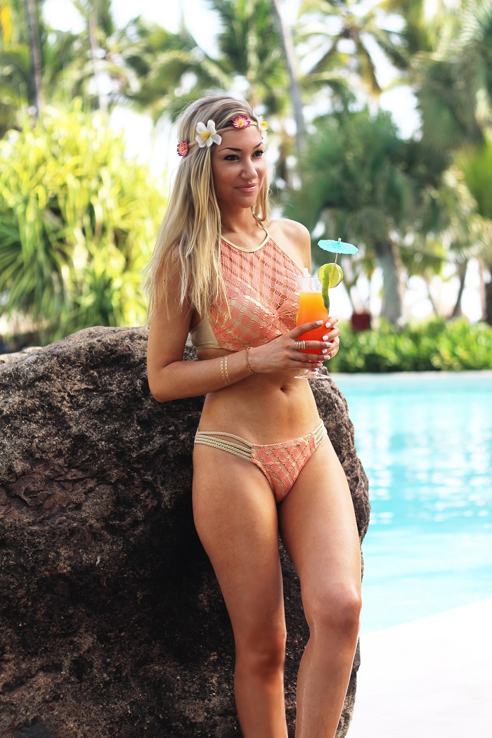 Passámos dias excelentes na piscina do hotel em Punta Cana. Um local maravilhoso e relaxante, onde nadámos e experimentámos vários cocktails... Hoje, mostro-vos um dos bikinis que usei num desses dias. Look do dia/Outfit. República Dominicana. Luli Fama. Bikini Kloset. Verão 2015. Looks de praia. Viagens. Travels. Dicas de Moda. Style Statement. Blog de moda portugal.